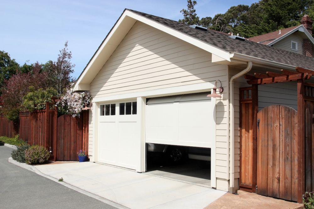 строительство гаража частном доме