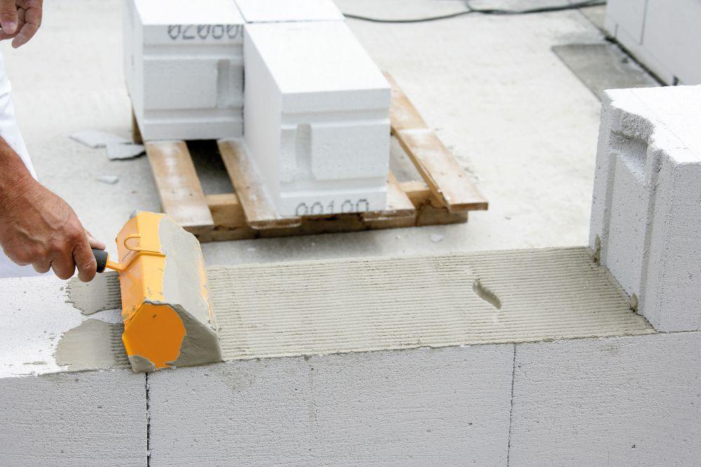 как класть газосиликатные блоки на раствор
