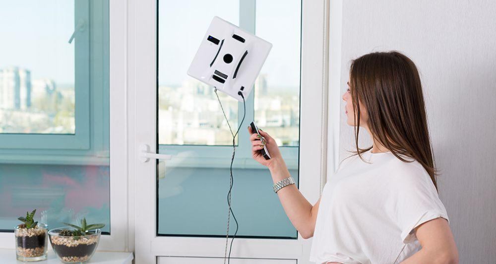 Топ-7 талантов робота-мойщика, который отполирует до блеска не только окно